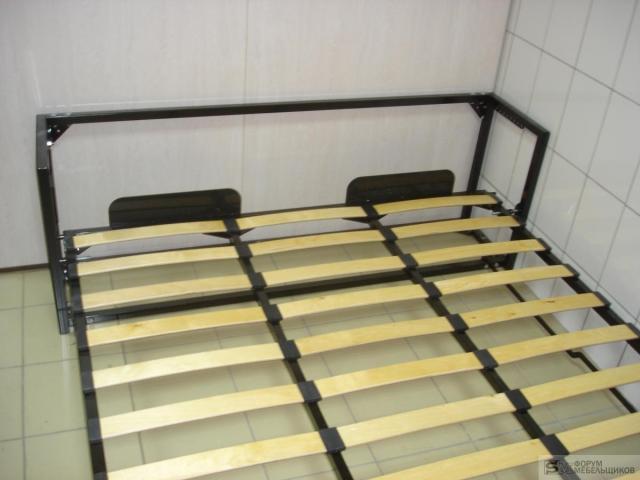 Кровать с вертикальным подъемным механизмом своими руками