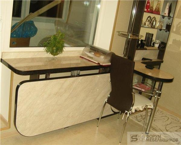 Складной письменный стол: раскладной столик и модель секрете.