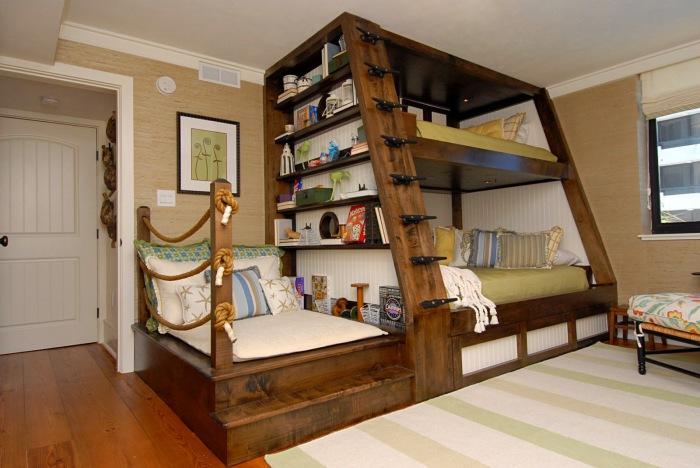 кровать.jpg