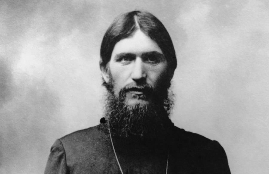 grigori-rasputin-beard-robe.jpg