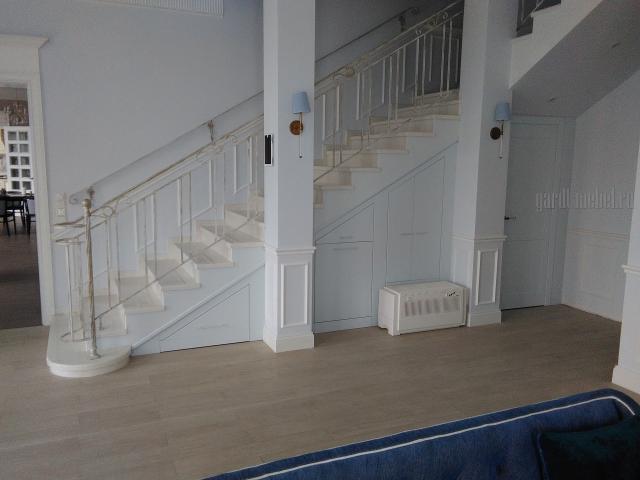 под_лестницей22.jpg