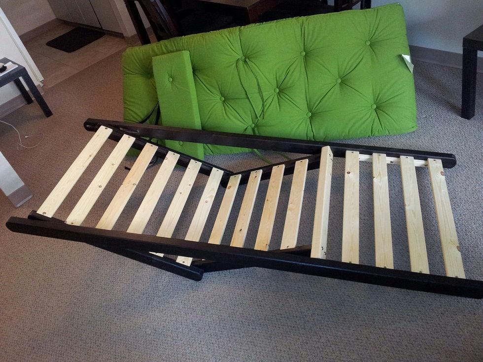 figo_futon_mattress_frame.jpg