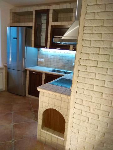 кухня в строительном исполнении.jpg