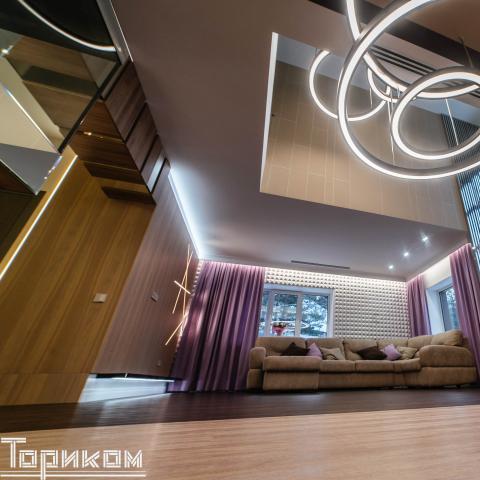 Lightroom (7 of 8).jpg